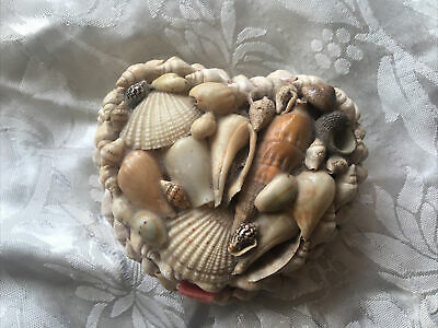 £2 • Buy VINTAGE, SHELL COVERED Heart Shaped JEWELLERY BOX