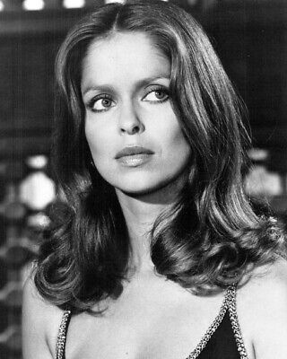 $ CDN37.75 • Buy Barbara Bach As Anya Amasova In Low Cut Dress The Spy Who Loved Me 24x36 Poster