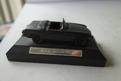 £5 • Buy Mgb Roadster 1/43 Scale On Plinth (made Of Coal) - Excellent - L@@k!!