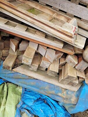 £700 • Buy Oak Staircase Inc Ballastrade, Posts And Spindles