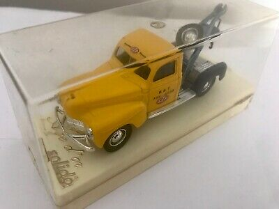 £8 • Buy SOLIDO AGE D'OR - DODGE RECOVERY / TOW TRUCK - No.4424-
