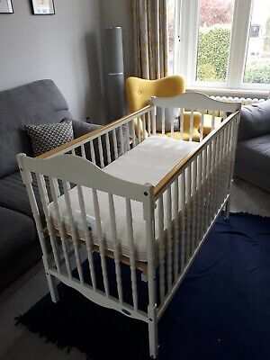 £10 • Buy Mothercare White Wooden Cot, 2 Height Options, Drop Down Side, USED