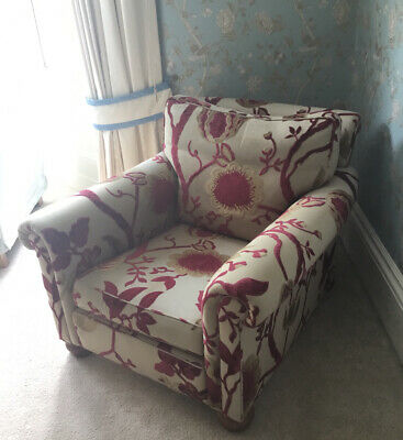 £225 • Buy DURESTA ARMCHAIR . EXCELLENT CONDITION . Priced For Quick Sale Due To House Move