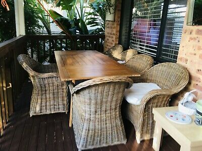 AU1800 • Buy Outdoor Timber Setting With 6 X Rattan Chairs * HARDLY USED*