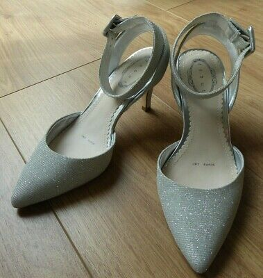 £8.99 • Buy LADIES STUNNING CLARKS SILVER SHOES SIZE 3 UK, 36 IDEAL For  WEDDING .