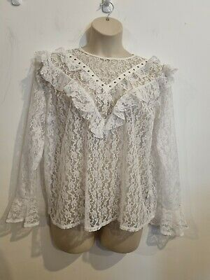£0.99 • Buy Ladies White Floral Cut Out Effect Long Sleeve Top From New Look Size 20