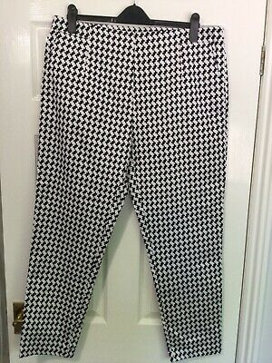 £14.99 • Buy Ladies Intuition Large Dogtooth Check Summer Trousers With Stretch Size 18 BNWT