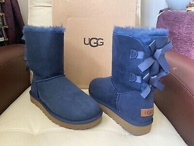 £119.99 • Buy UGG Bailey Bow II Short Navy Blue Boots , UK Size 7.5, EUR Size 40