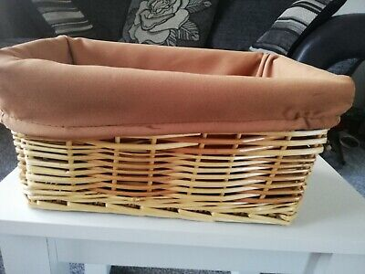 £4.80 • Buy VINTAGE SMALL WICKER BASKET With LINER..11  LENGTH, 7.5  WIDE, 5  DEPTH..VGC