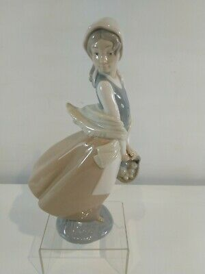 £9.99 • Buy Early Lladro / Nao Lady With A Basket Of Fruit Figurine