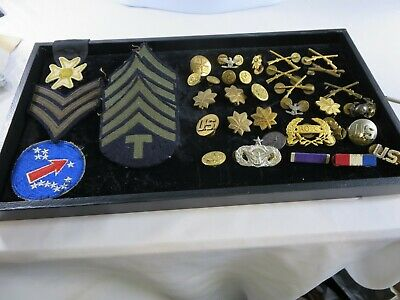 $20.50 • Buy Large Lot Of Military Patches Awards Buttons Insignia Ribbons RP26