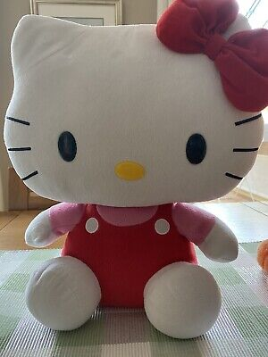 £15 • Buy Two TY Hello Kitty Plush And One Tigger