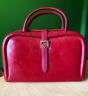 £55 • Buy Red Vintage Dofan Clutch Bag With Brass Clasp