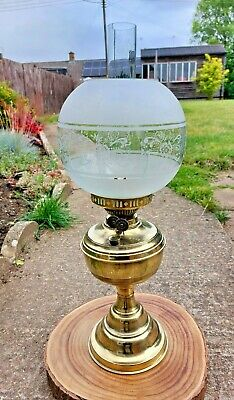 £34.99 • Buy Vintage Oil Lamp. Brass Base. English Made Duplex Burner. Frosted Shade.