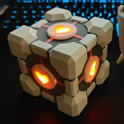 £42.50 • Buy Portal Companion Cube - LED Gift Box, Gaming Prop, Cosplay - 9.5cm (3.7 Inch)
