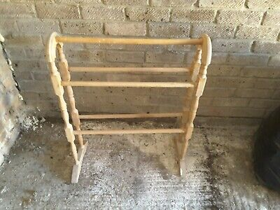 £14.99 • Buy Free-standing Pine Towel Rack In Good Condition - Good For Bathroom Or Kitchen