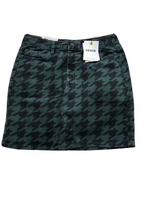 £3.49 • Buy New Look Denim Skirt Size 10 Length 16.5 New With Tags. Dog Batman Pattern.