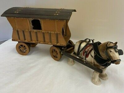 £9.99 • Buy Ceramic Shire Horse And Wooden Romany Caravan Carriage (D3)