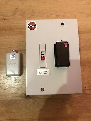 £40 • Buy Wylex 60 Amp Switch Fuse Disconnector Isolator 240V Switched Metal 108M