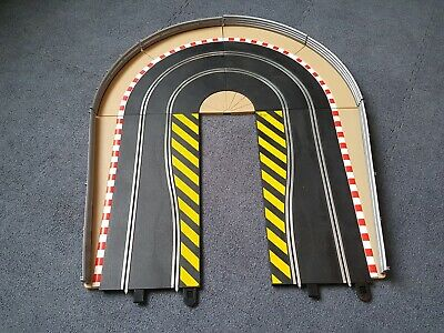 £10 • Buy Scalextric Hairpin Curve C8512 Track Extension Pack 3 Borders + Armco Barriers
