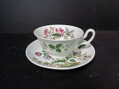 £19.99 • Buy Wedgwood Bone China Vintage Tea Cup & Saucer, Charnwood With Butterfly WD 3984