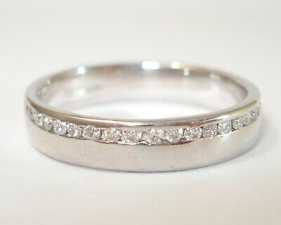 AU1390.85 • Buy 18ct White Gold 0.63pt  Diamond Half Eternity Ring With £1,900.00 Valuation