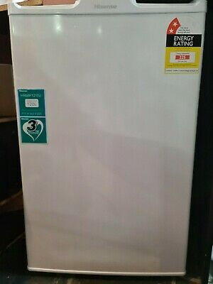 AU100 • Buy Hisense 120 Ltr Bar Fridge/Freezer In White - With User Manual And Warranty.