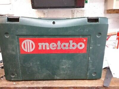 £10 • Buy Metabo 18v Cordless Drill With 2 X 2,0 Ah NiCd Batteries  And A Charger.