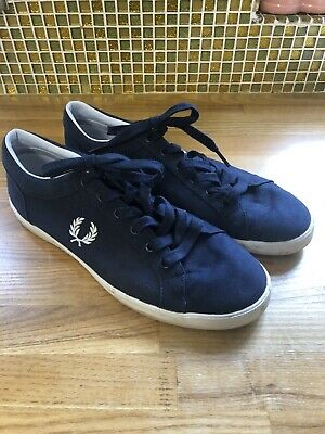£6 • Buy Fred Perry Shoes Size 9