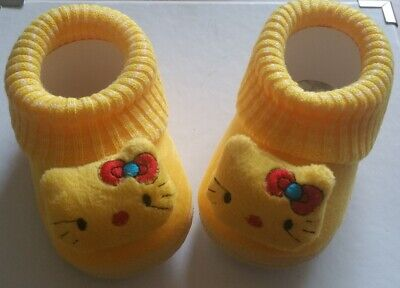 £7.99 • Buy Hello Kitty Baby Crib Shoe/ Pram Shoe/slippers Size Guide In Listing