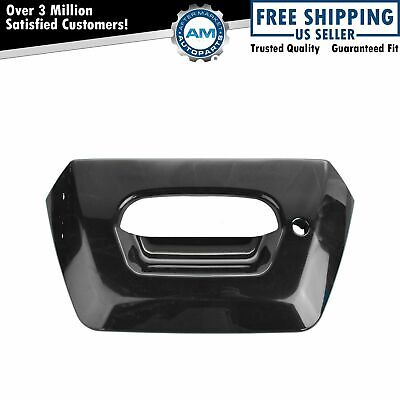 $32.01 • Buy Tailgate Tail Gate Bezel Smooth Black Lock Provision For 02-06 Chevy Avalanche