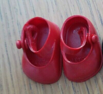 ONE PAIR SOFT PLASTIC CINDERELLA SMALL DOLL SHOES SIZE 05 In RED Only • 3.99£
