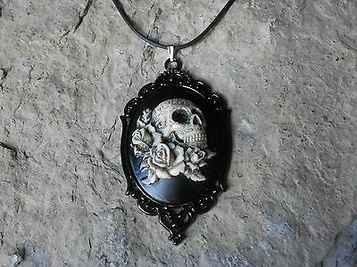 $25.99 • Buy **skull And Roses (hand Painted) Cameo Necklace!!! Quality!!! Grateful Dead