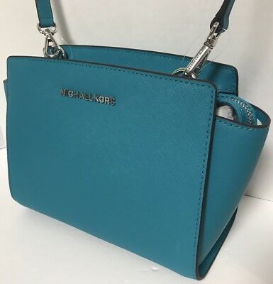 29b86ec43b9ad5 Michael Kors Blue Purse Pare S On Dealsan. I M The Michael Kors Blakely  Medium Bucket ...