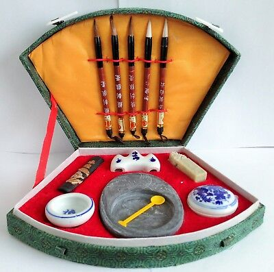 £15.99 • Buy BEAUTIFUL CHINESE CALLIGRAPHY SET - Inc Brushes, Ink, Pots, Mixing Stone & More!