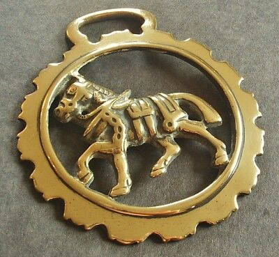 Antique Cast Horse Brass - Shire Horse In Harness - Good Example • 16.99£