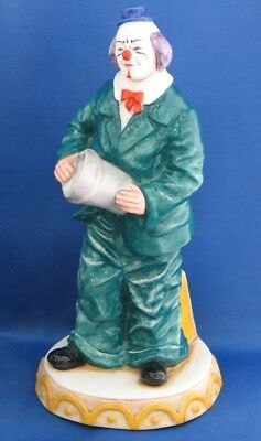 Royal Doulton CLOWN WILL HE - WON'T HE?  HN3275  FREE POST • 124.99£