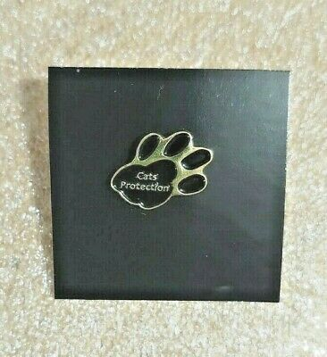 Cats Protection Logo Pin Badge • 1.10£