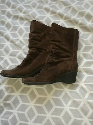 £12 • Buy Russell Bromley Aquatalia Boots Size 6 Brown Ruched Suede MISSING  ZIP PULL