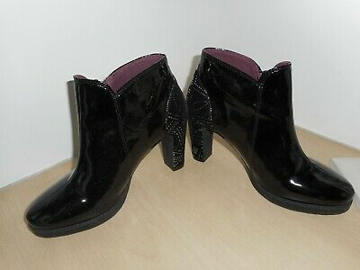 £44.99 • Buy Desigual Black 100% Patent Leather /silver Aztec Patterned Ankle Boots Size Uk 7