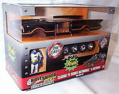 Batman Classic TV Series Batmobile & Batman Kit 1-24 Scale New In Box Jada 30873 • 32.45£