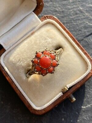 Vintage Yellow Gold Coral Cluster Ring. • 200£