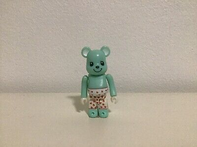 $30 • Buy Bearbrick 100% - CuteNo Cards. Condition Opened.