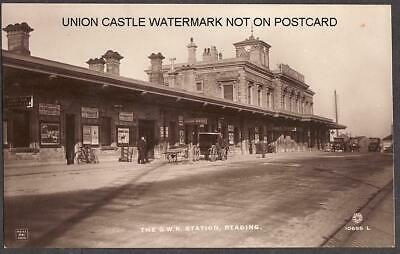 GLOSSY REAL PHOTO POSTCARD GREAT WESTERN RAILWAY STATION READING BERKSHIRE C1915 • 19.99£