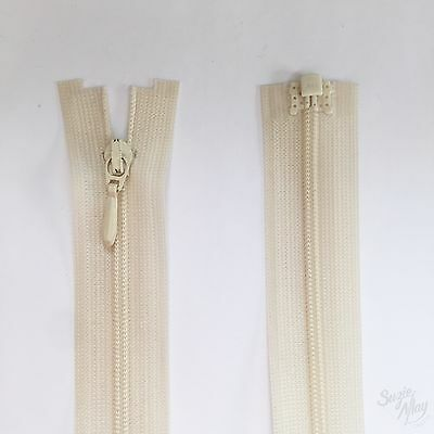 YKK Open Ended Zip - Colour 099 Cream Ivory ZF15 - 36cm 14 Inch  • 2.11£
