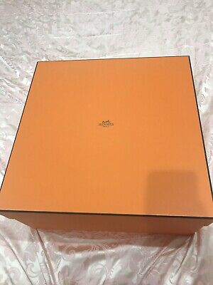 AU4000 • Buy As New- Authentic HERMES Garden Party 36 Orange With Original Receipts