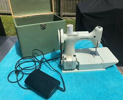 $364 • Buy Vintage  Singer 221k White Featherweight Portable Sewing Machine W/case