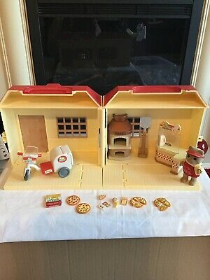 Sylvanian Families Pizza Shop • 10£