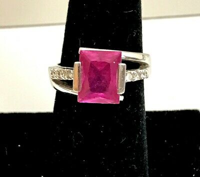 $ CDN20.56 • Buy Lia Sophia  Helen  Pink Square Center CZ Wt 6.8 Ct. Accents Silver Ring - Size 6