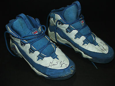 AU866.15 • Buy ORIGINAL Grant Hill NBA Basketball Game Used Pair Of Shoes/shoe Signed/autograph